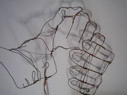 Holding_hands_1
